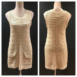 🎄2 DAY SALE🎄Ivory crocheted lined dress. XS